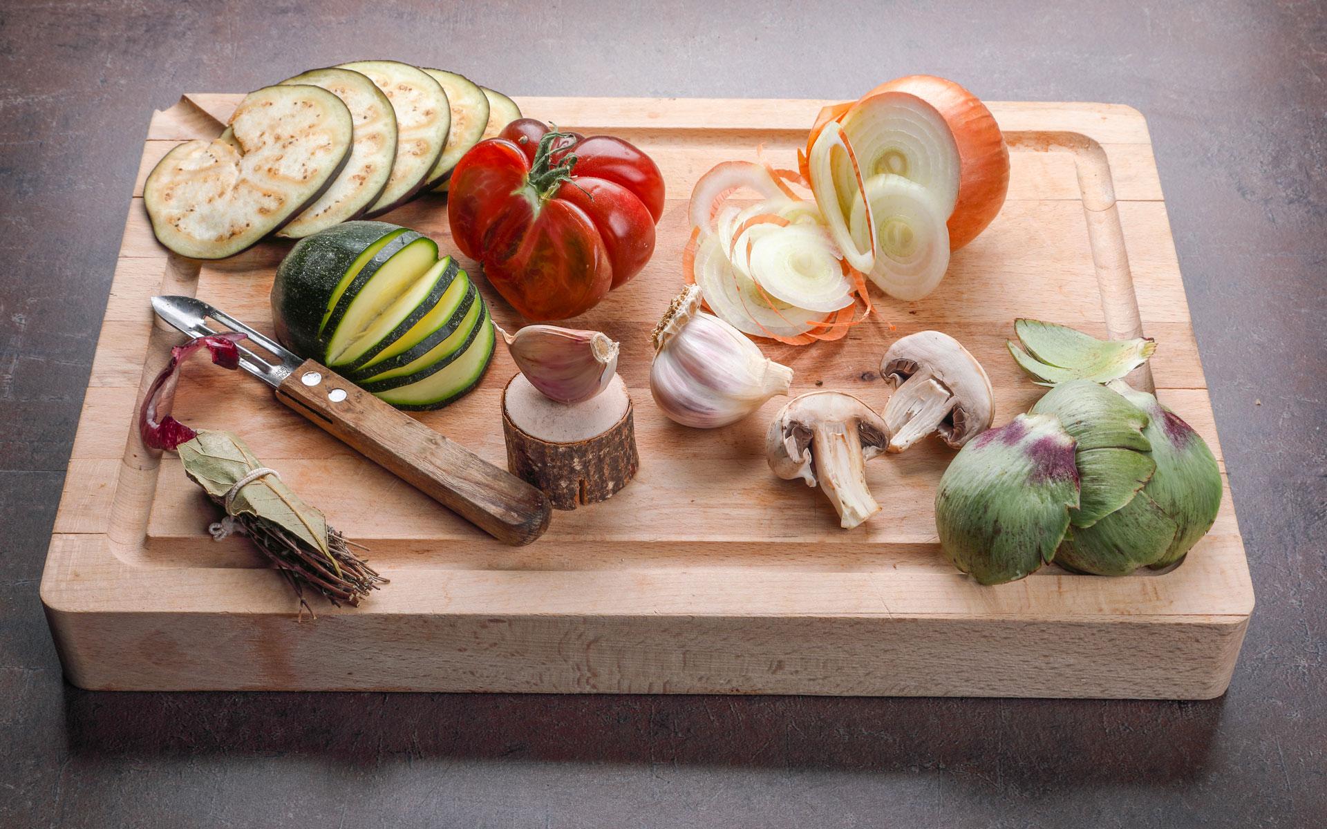 Planche à découper avec ingrédients - La Scaleta